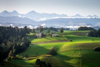 Landschaft Emmental Berner Hochalpen